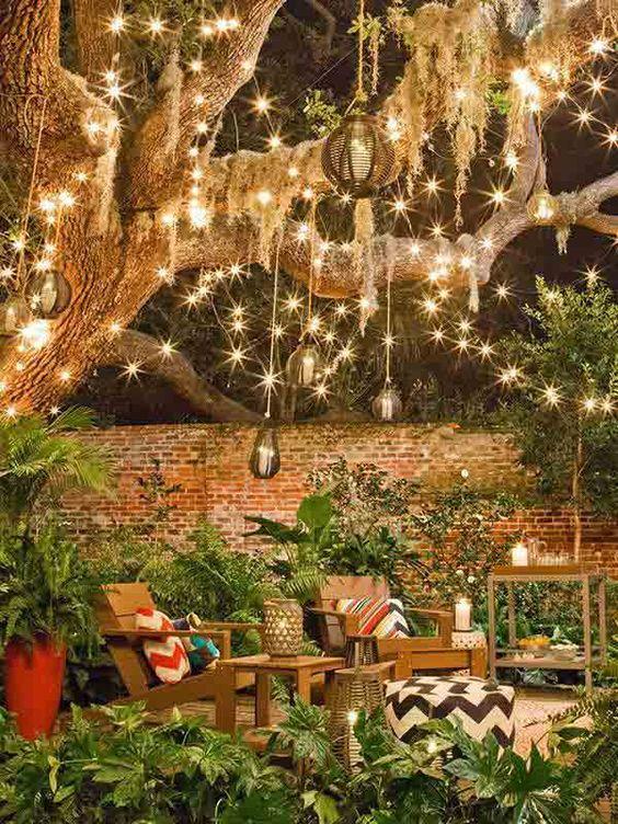 20 Dreamy Garden Lighting Ideas