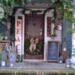 21 Christmas Porch Decoration Ideas